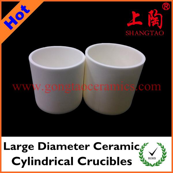 Large diameter ceramic cylindrical crucibles